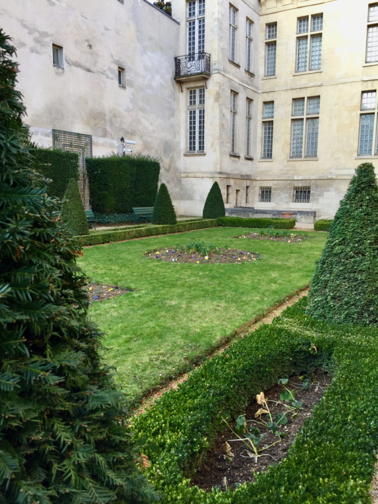 Le Jardin Lazare-Rachline in January