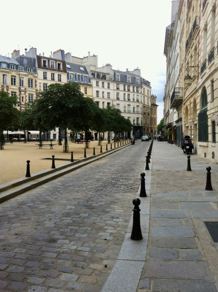 Place Dauphine in July